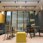 ファミマ店内に22時間営業のコワーキングスペースが登場、高い利便性が期待できる理由を考える